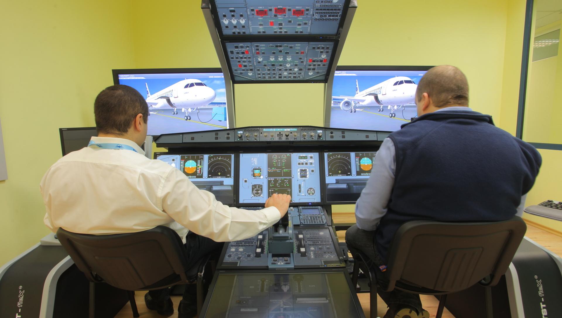 A320 Maintenance and Flight Training Device
