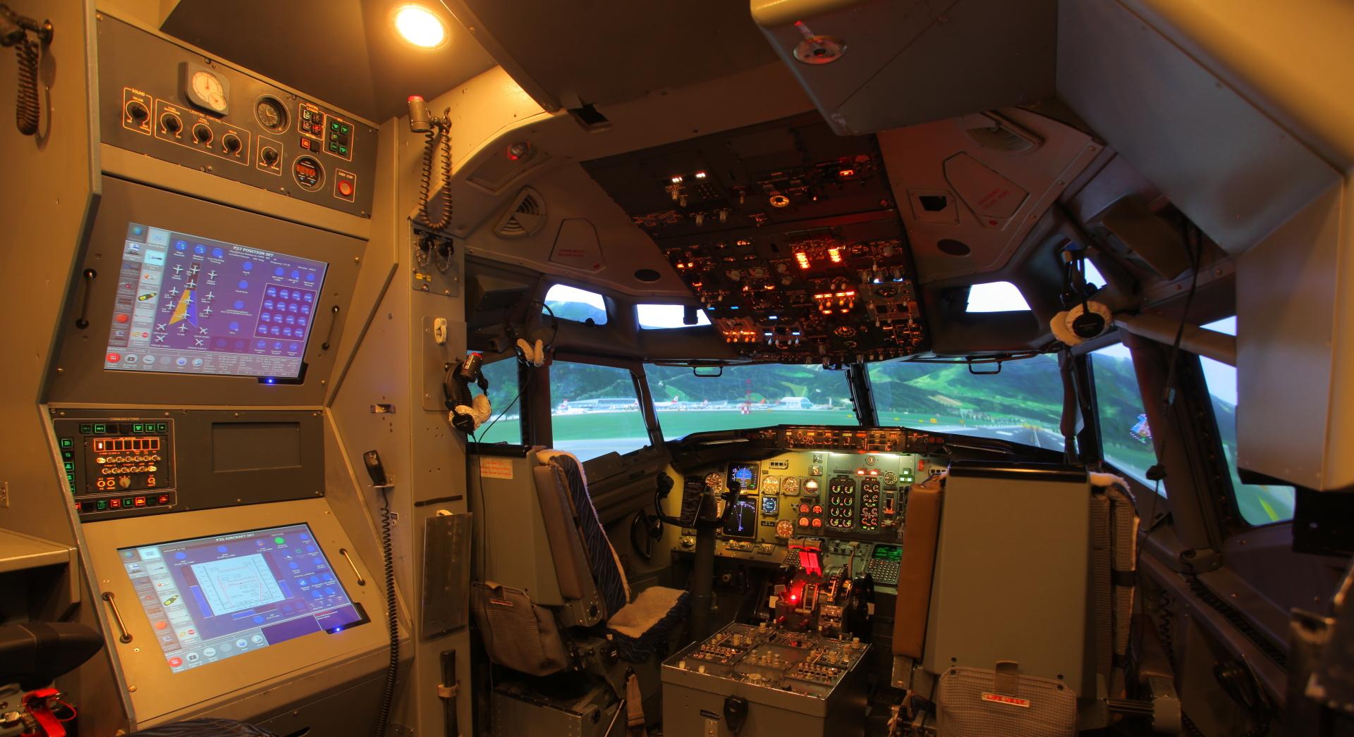 B737CL Full Flight SImulator